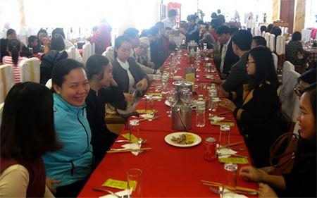 Buổi liên hoan của Công ty Cổ phần Đầu tư Xây dựng Thiên Lộc và Trưởng Ban cố vấn Công ty Giáo sư, Anh hùng lao động Vũ Khiêu