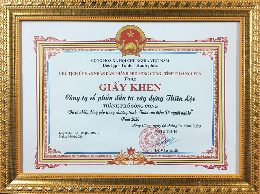 Giấy khen của Chủ tịch Ủy ban nhân dân Thành phố Sông Công - tỉnh Thái Nguyên trao tặng Công ty vì đã có nhiều đóng góp trong chương trình Tuần cao điểm Tết vì người nghèo